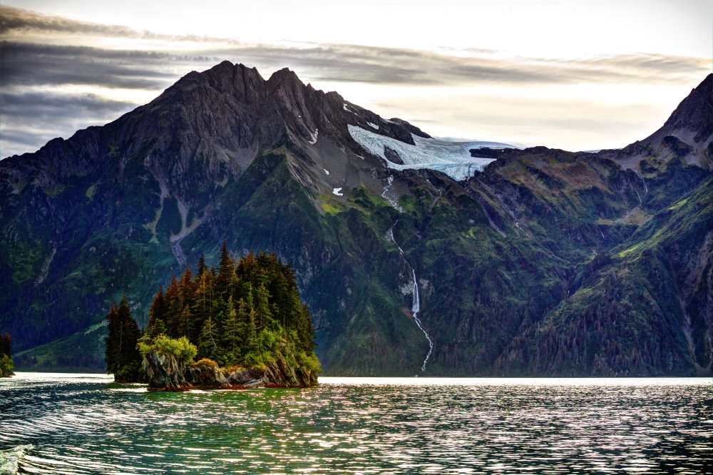 Prince William Sound Glory, photo courtesy of Seed Media..jpg