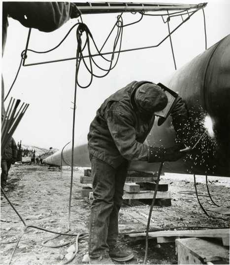 the-creation-of-the-oil-pipeline-at-alyeska-in-valdez-photo-courtesy-of-the-valdez-museum-historical-archive