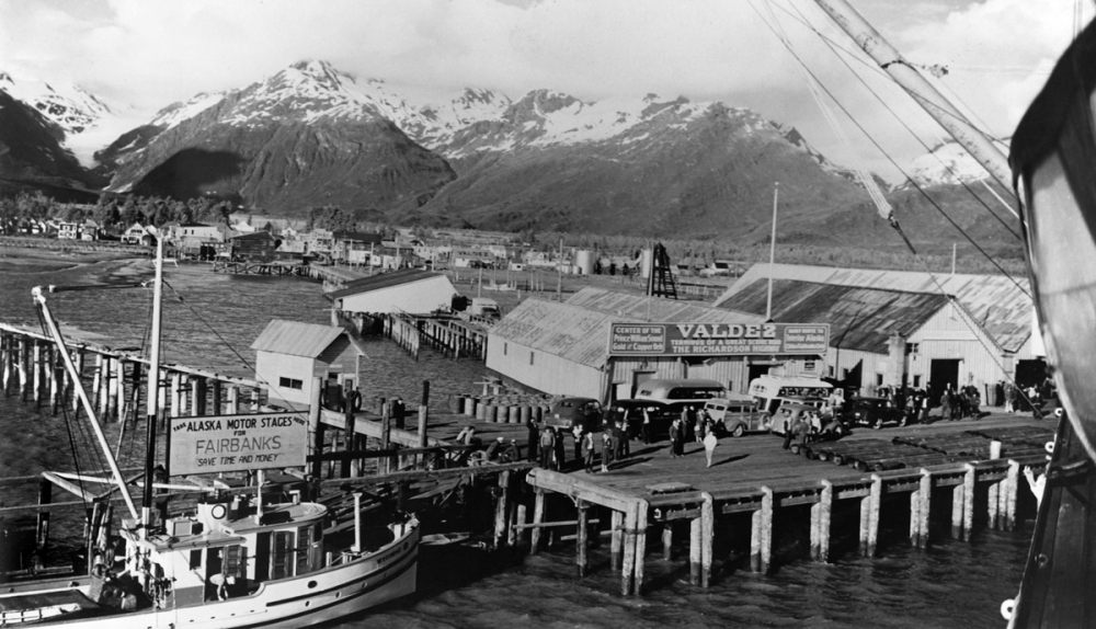 wharf-in-oldtown-valdez-courtesy-of-the-valdez-museum-historical-archive-1